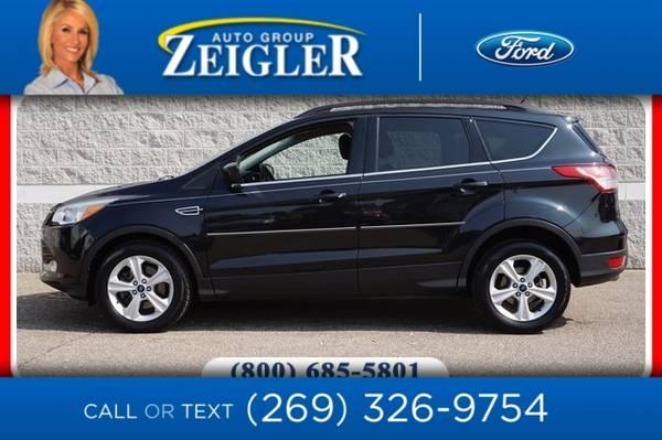 Photo 2015 Ford Escape SE - $18,500 (_Ford_ _Escape_ _SUV_)