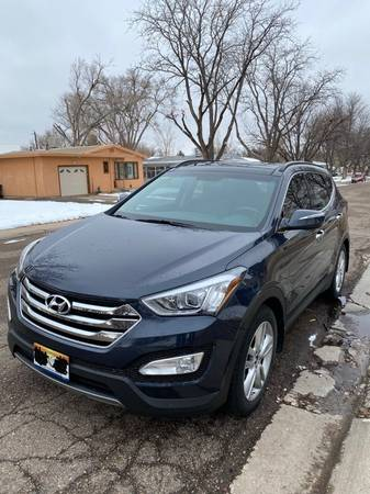 Photo 2016 Hyundai Santa Fe Sport Ultimate - $22400 (Chesterton, IN)