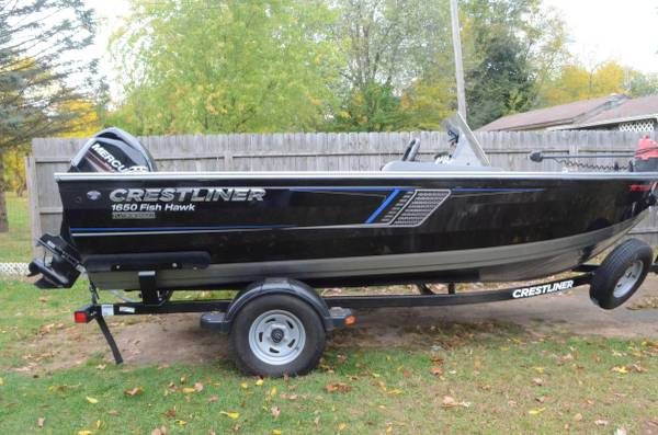 Photo 2017 Crestliner 1650 Fishhawk - $16,900 (Edwardsburg)
