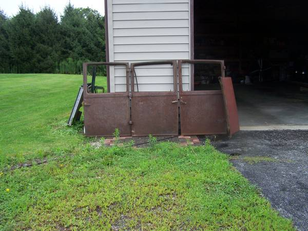 Photo 3926 - 3930 Ford Model A  T Doors (Westville)
