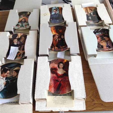 Photo 8 Gone with the Wind Bradford plates - $80 (South bend north side)