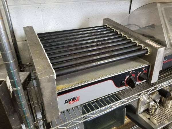 Photo Commercial Hot Dog Roller with Sneeze Guard Restaurant - $500 (Mishawaka)