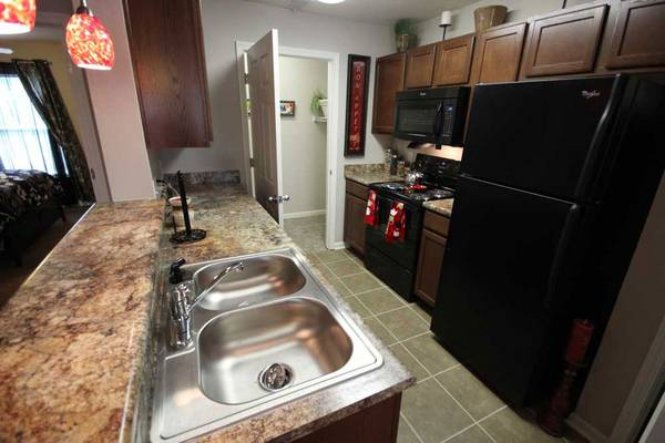 Photo Enough living space for all your needs. 1 bed, 1 bath. Check us out (Michigan City)