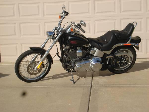 Photo Harley Davidson Softail Custom - $8,500 (Sandwich, IL.)
