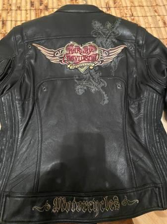 Photo Harley Davidson Womens jacket - $125 (South Bend)
