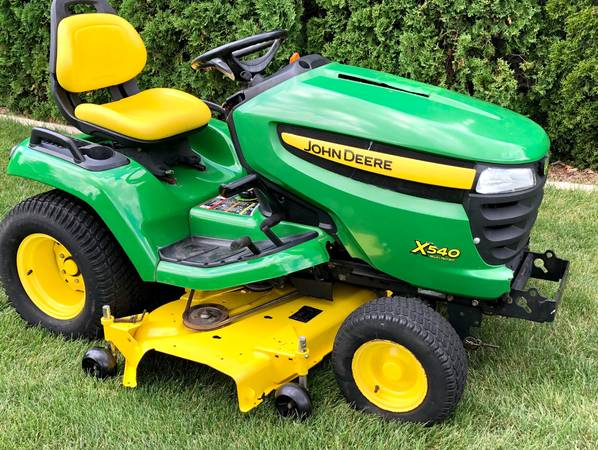 Photo John deere Riding Garden Tractor X540 54 Inch Deck - $2,775 (Sycamore IL)