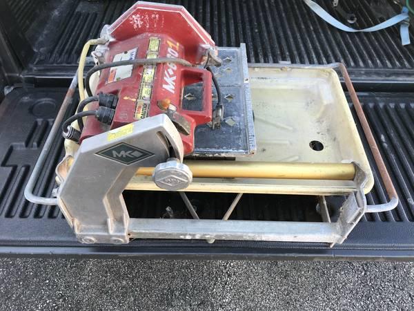 Photo MK 660 Tile Saw - $200 (Plymouth)