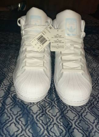 Photo New adidas shoes and short deal - $110 (New neverworn Adidas shorts and shoes deal)