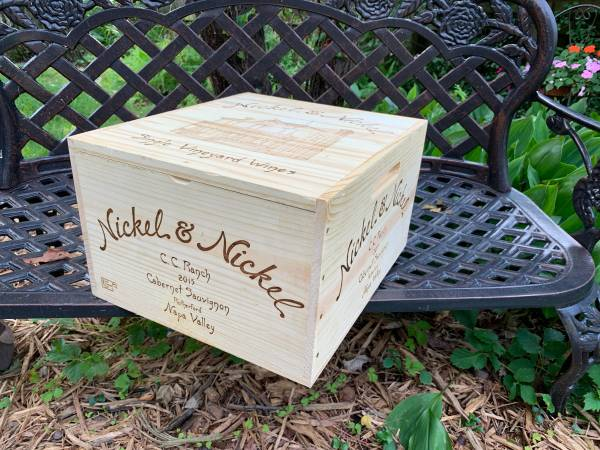 Photo Nickel  Nickel Napa Valley wine crate with lid - $15 (Glenview)