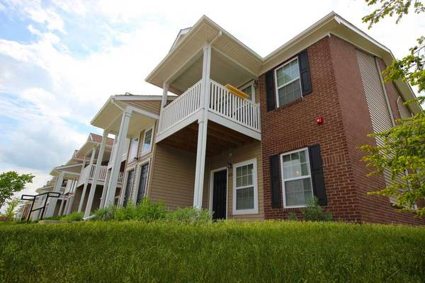 Photo Oh my What a gorgeous place See this 2 bed, 2 bath for yourself (Michigan City)