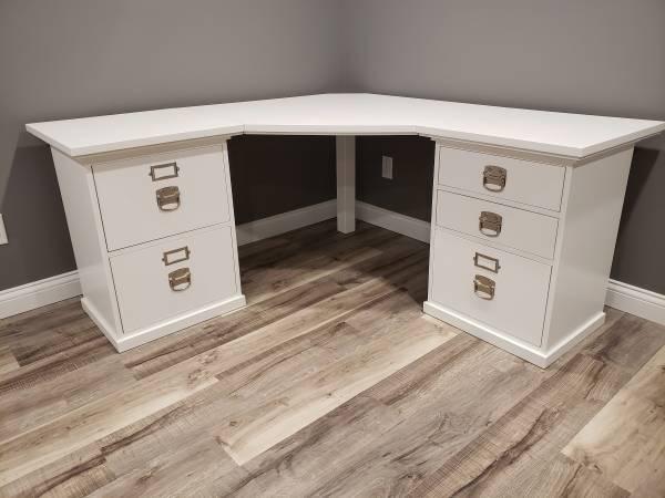 Photo Pottery Barn Bedford Modular Corner Desk - $750 (Plymouth)