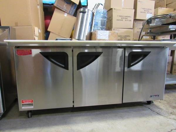 Photo Restaurant Equipment Auction Refrigeration, Fryers, Smallwares (Tyler)
