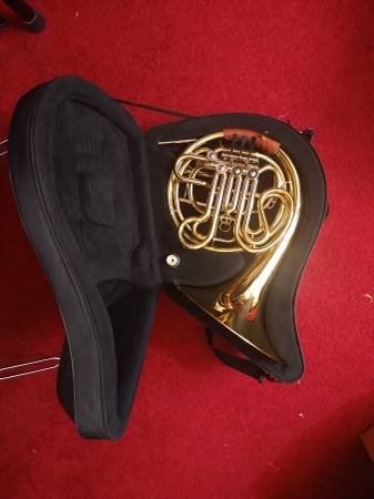 Photo Roy Benson Double French Horn - $575 (Niles)