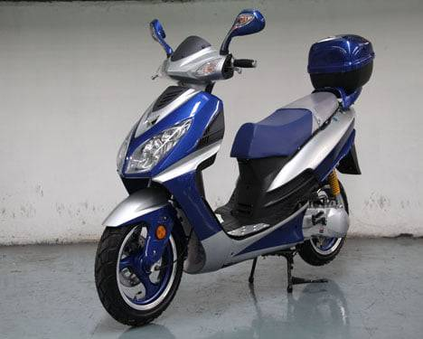 Photo SALE $200 off 150cc 2021 NEW SCOOTERS street ready - $1,095 (Angola, IN home delivery available)