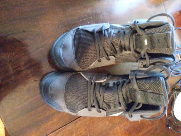 Photo Slightly Used wrestling shoes - $50 (Argos)