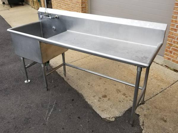 Photo Stainless Steel Work Table with Prep Sink Restaurant Commercial - $600 (Mishawaka)