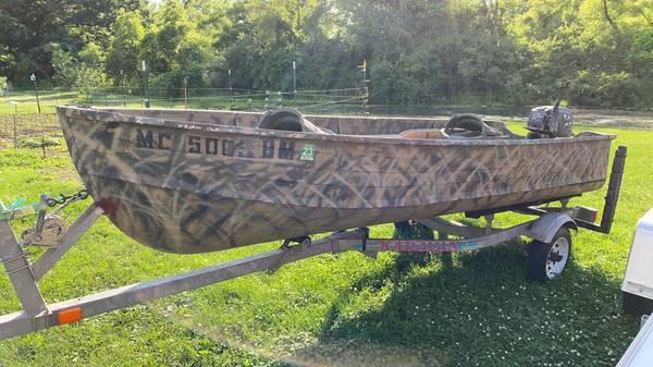 Photo Starcraft Aluminum Boat - $2,000 (La Porte, IN)