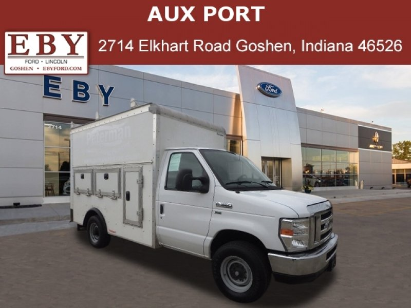 Photo Used 2016 Ford E-350 and Econoline 350 Super Duty for sale