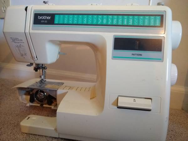 Photo Used Sewing Machines - $10 (South Bend)