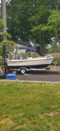 Photo 17 Proline Center Console Boat with 120HP Evinrude and Trailer. - $6,000 (Johnston)