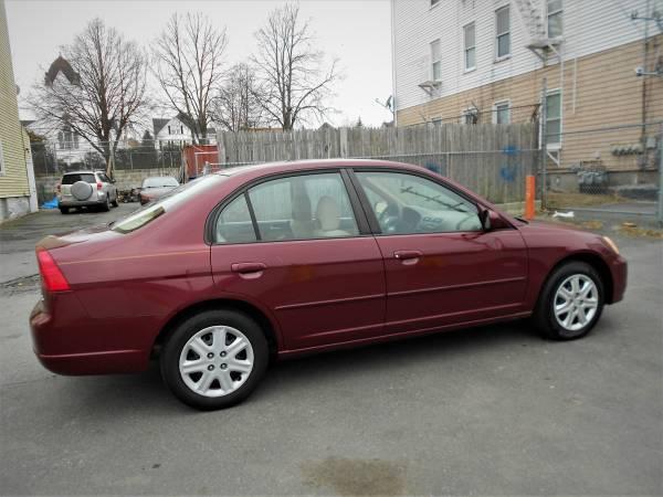 Photo 2003 HONDA CIVIC, 4cyl, (601-902) - $2895 (5 Star Auto Sales, New Bedford, MA)