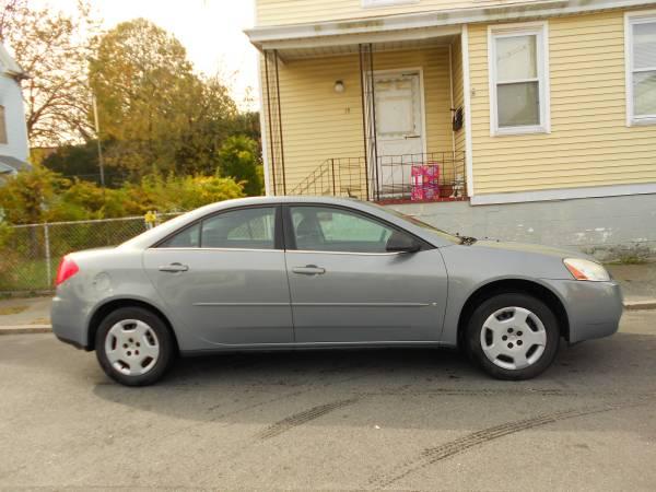 Photo 2008 PONTIAC G6, 4dr, (107-949) - $2995 (5 Star Auto Sales, New Bedford, MA)