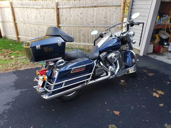 Photo 2012 Harley Davidson Road King FLHR - $10,450 (Lakeville)