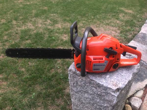 Photo 2 saws, Husqvarna 350 chainsaw modified to 353 specs and 50 chain saw - $1 (freetown)