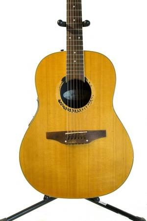Photo Applause By Ovation 12 String Acoustic Guitar Right Handed Model AE 35 - $257 (new bedford)
