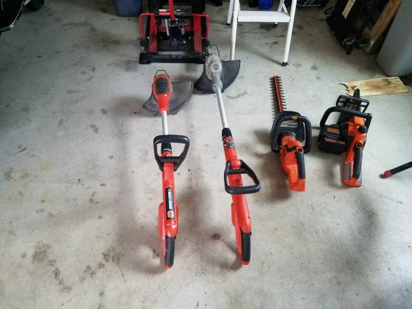 Photo Black and Decker battery tools 20V - $75 (East Taunton Ma)