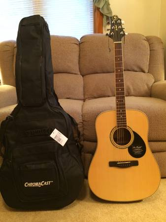 Photo Brand New Samick Greg Bennett Acoustic Guitar, Gig Bag and Accessories - $200 (Dartmouth)