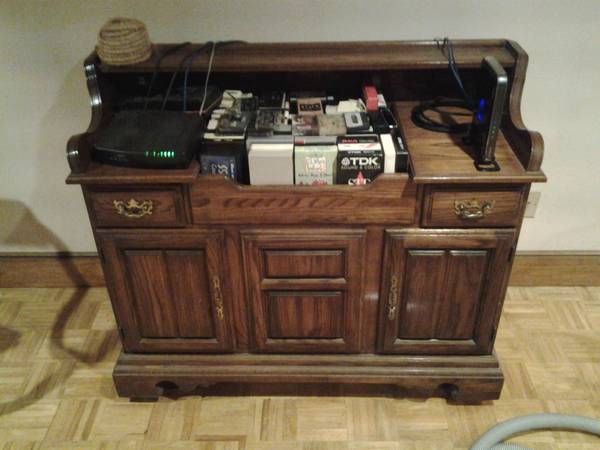 Photo CHEAP VINTAGE DRY SINK CABINET, GREAT FOR A CABIN  - $50 (Taunton)