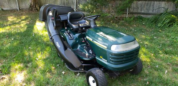 Photo Craftsman Lawn Tractor 21hp - $540 (Swansea)