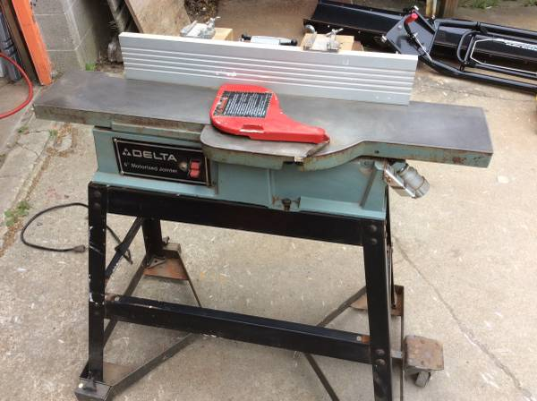 Delta 37-280 6 Jointer On Stand With Mobile Base