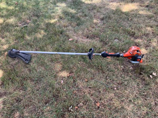 Photo ECHO WEED WHACKER TRIMMER STRAIGHT SHAFT SRM-225 - $110 (Norton, MA)