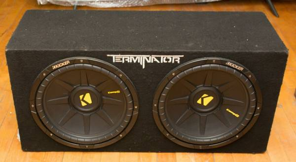 Photo Kicker 2 12quot Speakers Car Subwoofer - $135 (new bedford)