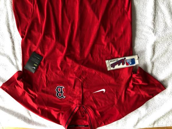 Photo Nike Dry Fit Red Sox Short Sleeve Shirt Mens Large in Red - $30 (North Easton)