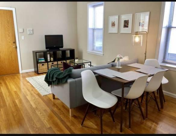 Photo North End room with balcony, No brokermove in fees (North End, Boston)