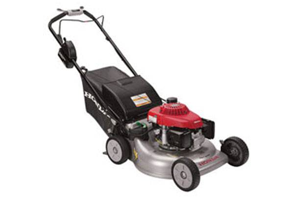 Photo REDUCED Honda Commercial Lawn Mower WITH Bag - $375