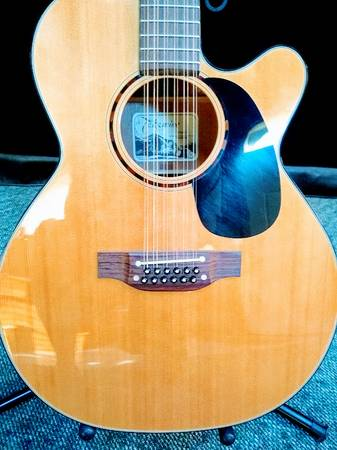 Photo Takamine EF485C 12 String - $420 (Riverside)