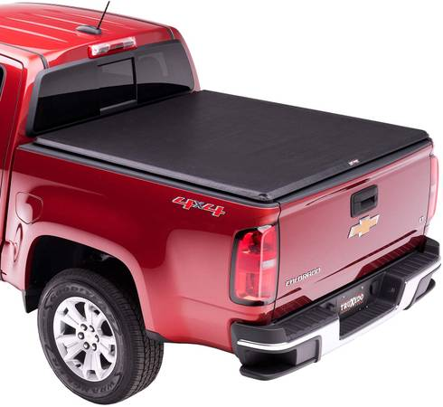 Photo Truck Bed Tonneau Cover for 15-21 GMC Canyon or Chevy Colorado 6ft Bed - $225 (Westport, MA)