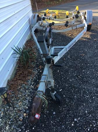 Photo 18 foot Boat trailer - $475 (Deptford)
