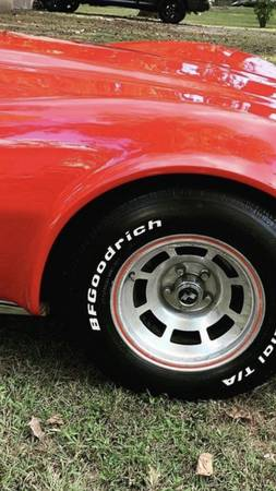Photo 1977 Chevy corvette - $16,000 (Cherry Hill)