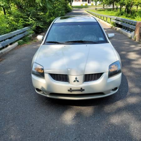 Photo 2005 Mitsubishi Galant GTS - $3,500 (Woodbury)