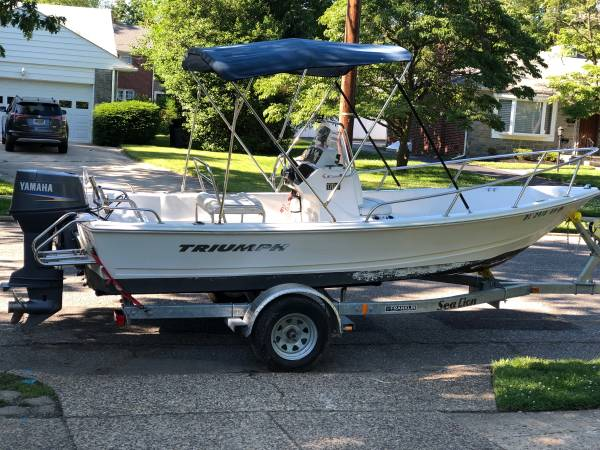 Photo 2007 Triumph 17ft Center Console Fishing Boat - $15,000 (Haddonfield)