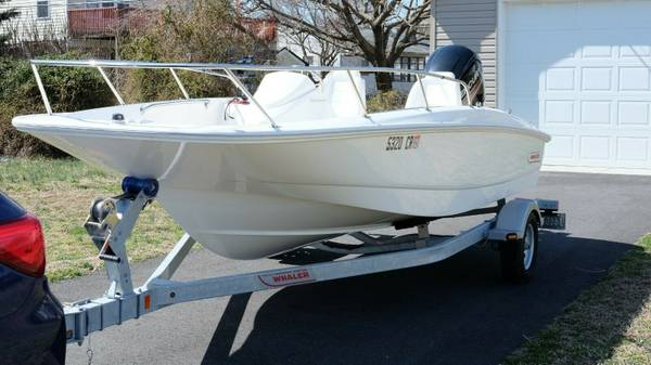 Photo 2015 Boston Whaler 170 Super Sport Boat - $14500