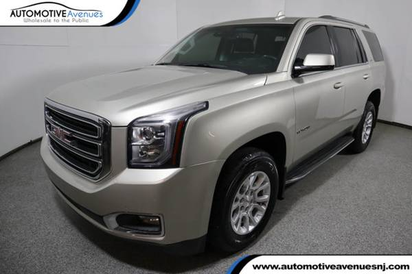 Photo 2017 GMC Yukon, Sparkling Silver Metallic - $33995 (Automotive Avenues)