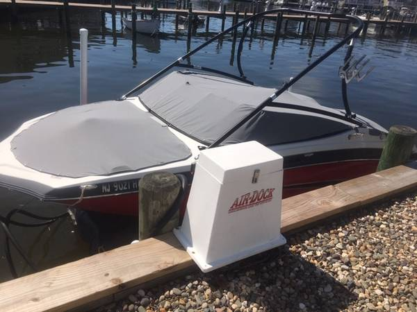Photo Air dock boat lift - $2200 (Ortley Beach)