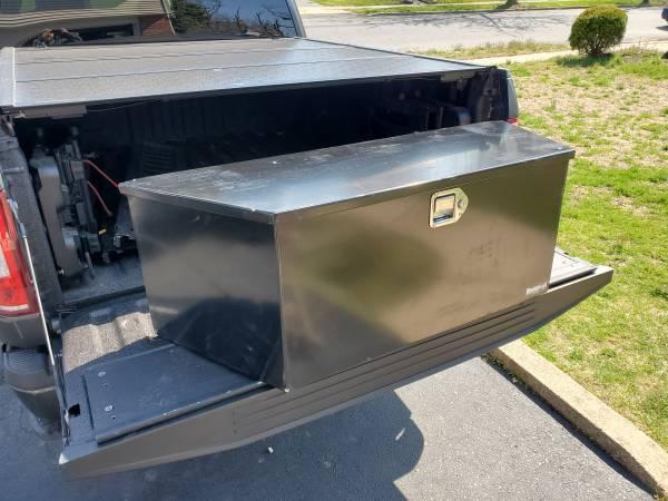 Photo Buyers Trailer Tongue Tool Box Model  1701285 - Brand New - $300 (Cinnaminson)