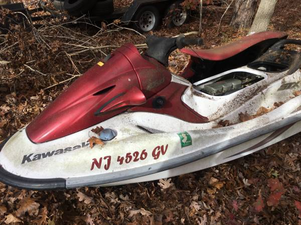 Photo Kawasaki STX900Parts waverunner - $125 (Egg Harbor Twp)